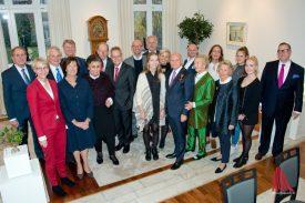 Die Feier fand im kleinen Kreis in den Räumen der Bezirksregierung statt. (Foto: Michael Bührke)
