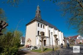 Wenn ich könnte wie ich wollte, wär ich stets in Hohenholte. Vielleicht liegt's an der schmucken Stiftskirche St. Georg (Foto: Michael Bührke)
