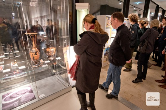 Die Ausstellung ist thematisch und nicht nach Fächern sortiert. (Foto: Michael Bührke)