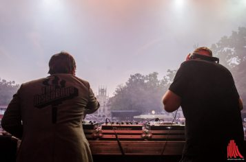 ms_mittendrin_fr_disco_boys-th-03
