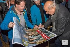 Die Kino-Premieren sind gute Gelegenheiten für Autogrammjäger. (Foto: Thomas Hölscher)