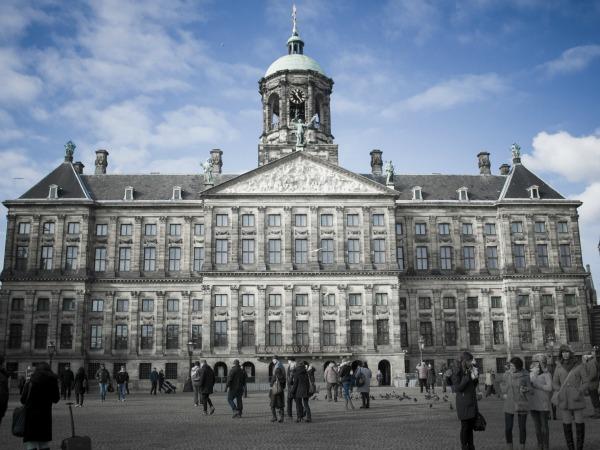 Als een Koning(in) in het Koninklijk Paleis Amsterdam