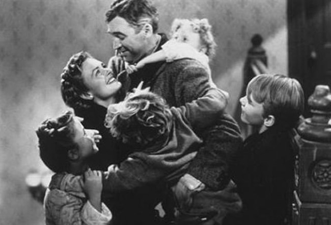 Its A Wonderful Life %E2%80%93 1946 - TOP 10 BEST CHRISTMAS MOVIES OF ALL TIMES