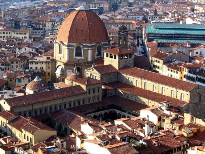 Medicea Laurenziana bibliotheek - TOP 10 MOST FAMOUS ATTRACTIONS IN FLORENCE
