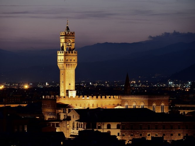 Palazzo Vecchio - TOP 10 MOST FAMOUS ATTRACTIONS IN FLORENCE