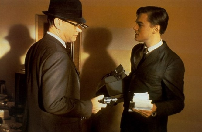 catch me if you can - TOP 10 BEST TOM HANKS MOVIES