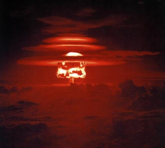 Castle Yankee - TOP 10 BIGGEST NUCLEAR EXPLOSIONS EVER