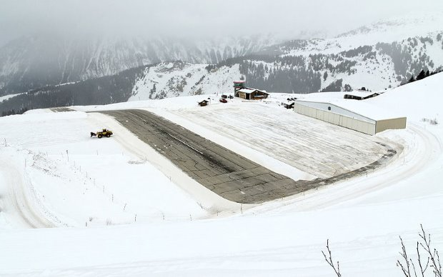 Courchevel Airport - TOP 10 MOST EXTREME AIRPORTS IN THE WORLD