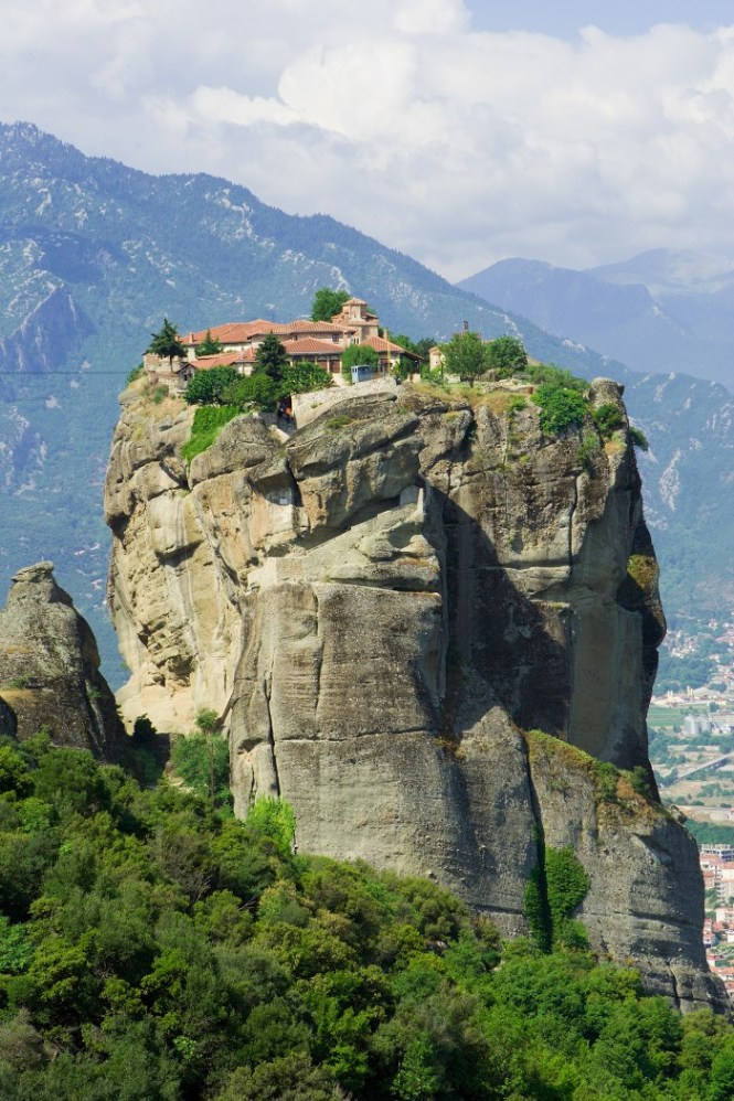Meteora - TOP 10 MOST BEAUTIFUL MONASTERIES IN THE WORLD