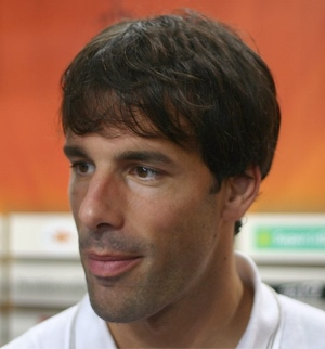 Ruud van Nistelrooy3 - TOP 10 BEST DUTCH SOCCER STRIKERS OF ALL TIMES