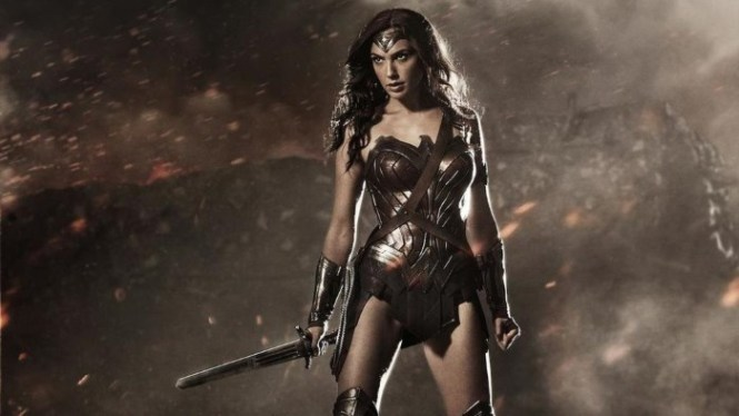 Wonder Woman - TOP 10 BEST CINEMA MOVIES FOR 2017