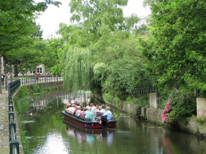 grachten - TOP 10 ATTRACTIONS AND THINGS TO DO IN AMERSFOORT, THE NETHERLANDS