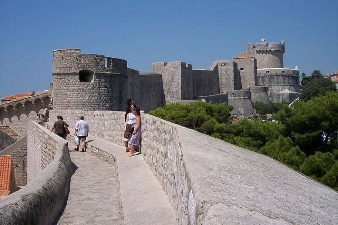 muren3 - TOP 10 TOURIST ATTRACTIONS IN DUBROVNIK FUN THINGS TO DO BEAUTIFUL THINGS TO SEE