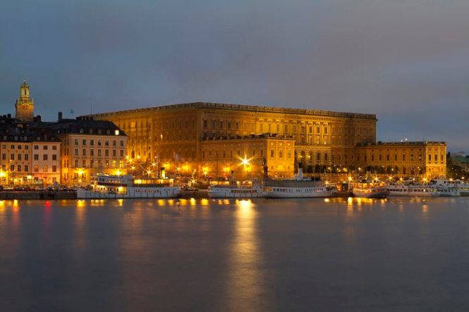 paleis - TOP 10 BEST PLACES TO VISIT IN STOCKHOLM, SWEDEN