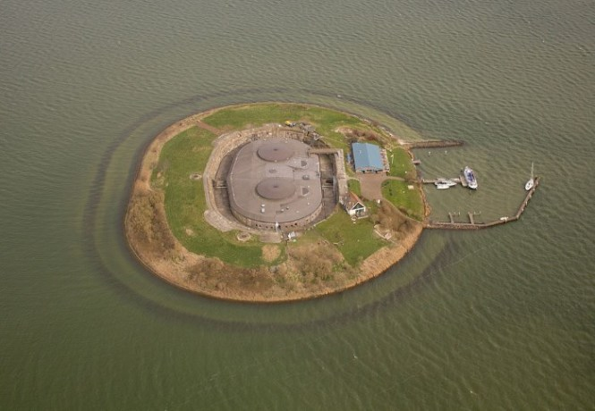 pampus - TOP 10 UNIQUE SIGHTS IN THE NETHERLANDS