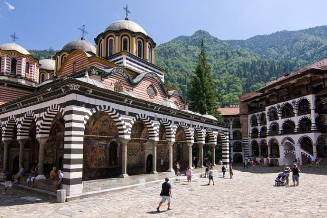 rila 2 - TOP 10 MOST BEAUTIFUL MONASTERIES IN THE WORLD