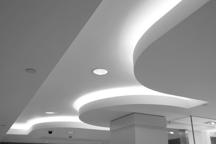 Suspended Ceiling With Modern Lighting