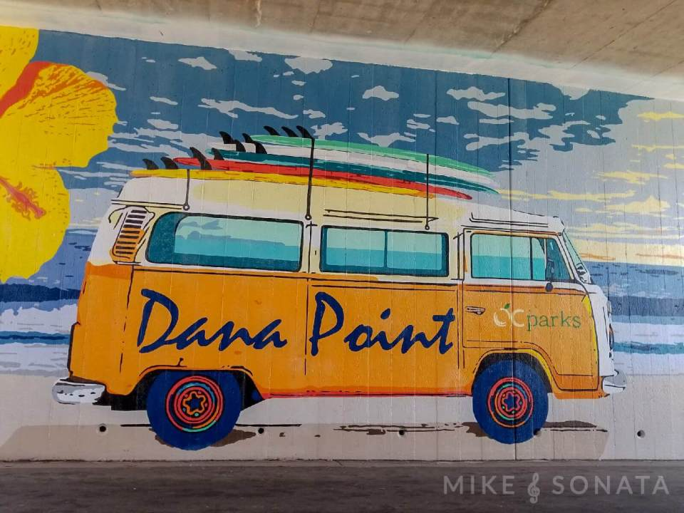Allez Elizabeth Dana Point MURAL AT SALT CREEK BEACH PHOTO BY MIKE SONATA