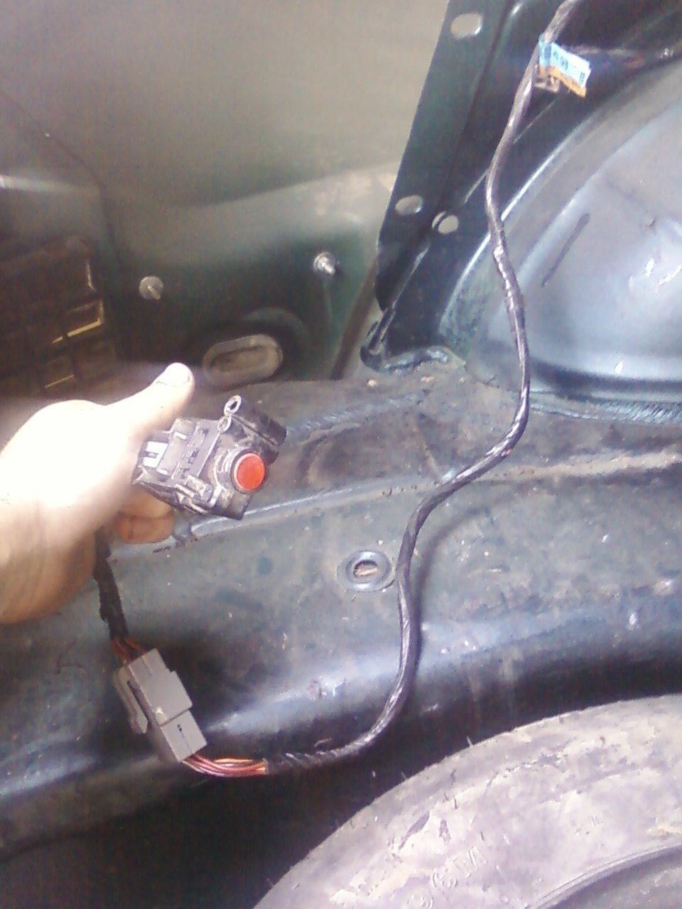 hight resolution of ifs switch located behind trunk paneling