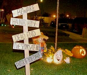 Spooky Halloween Yard Signs