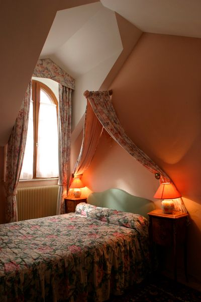 bedroom decorated with sheets