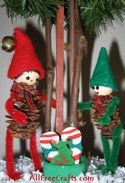 Homemade Pine Cone Elves