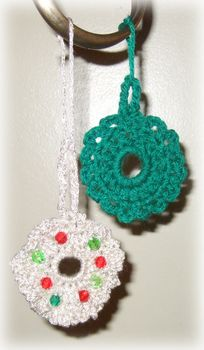 crochet Christmas wreaths