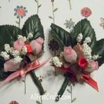 tiny rose posies