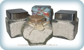 almond oatmeal scrub