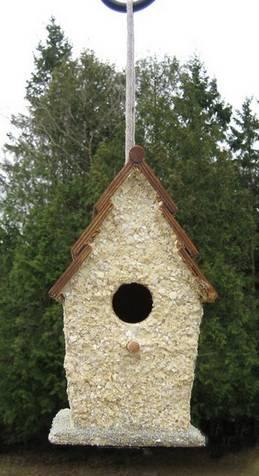 egg shell decoupaged bird box