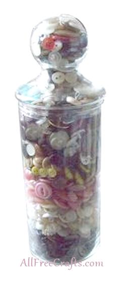 layered button jar