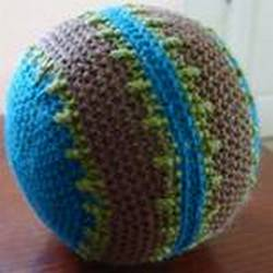 crocheted ball from free toy pattern