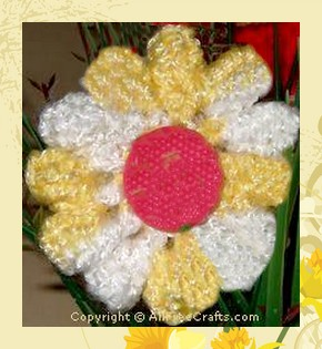 crocheted daisy free pattern
