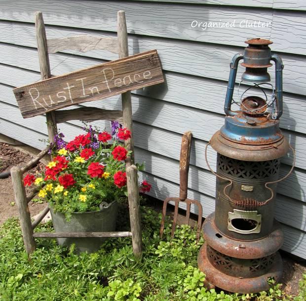 Garden Art From Rusty Garden Tools