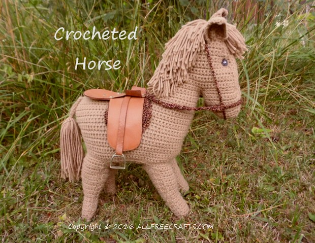 crocheted horse pattern - vintage