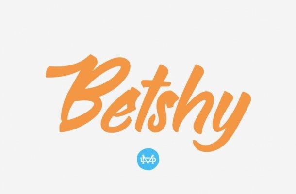Betshy Brush Font