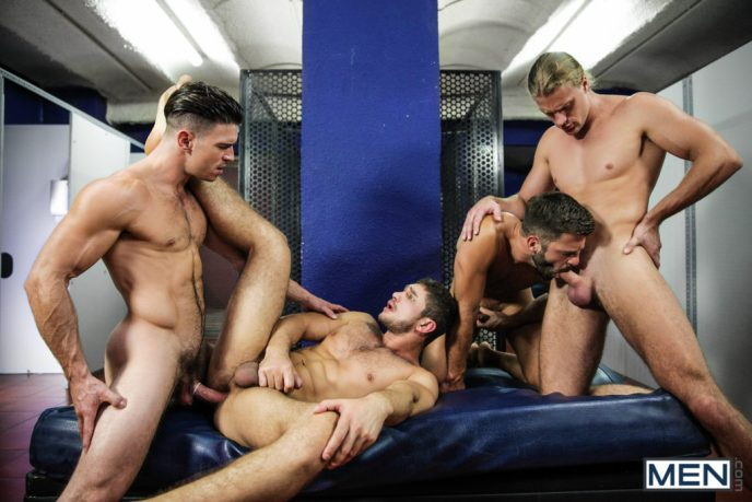 Four Muscular Guys Having Orgy 02