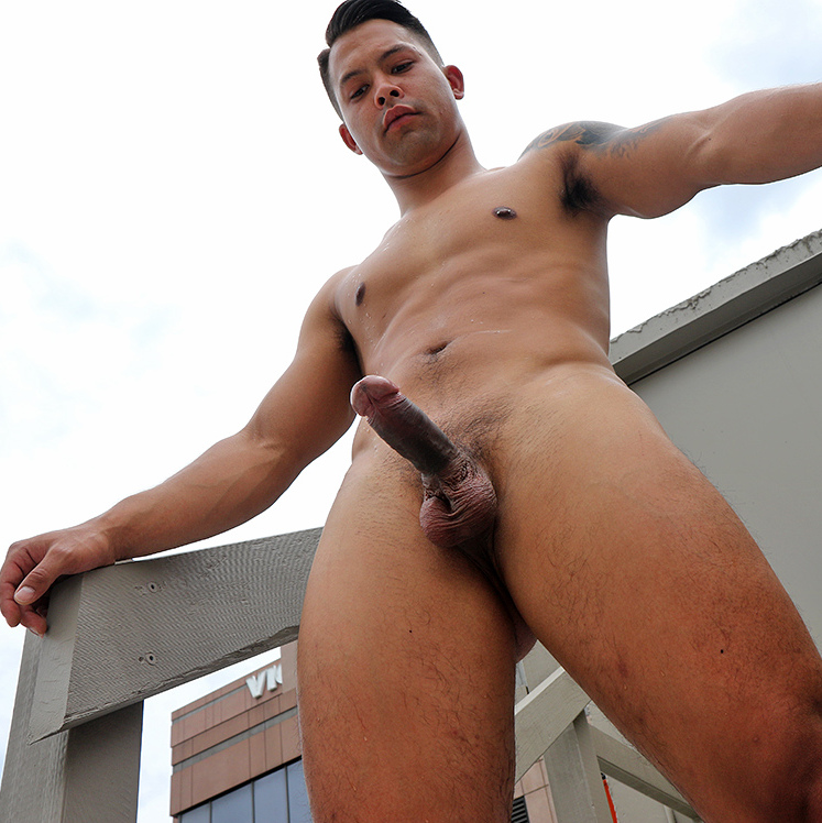sam sivahn naked on the roof