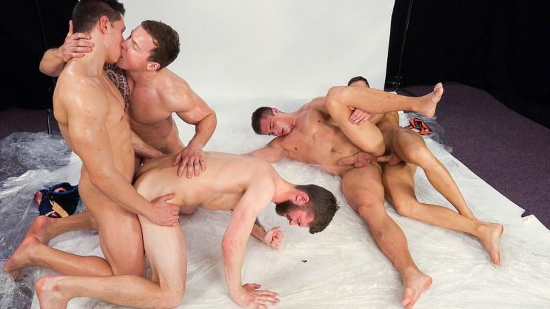 Five Hot Guys Fuck Raw 02