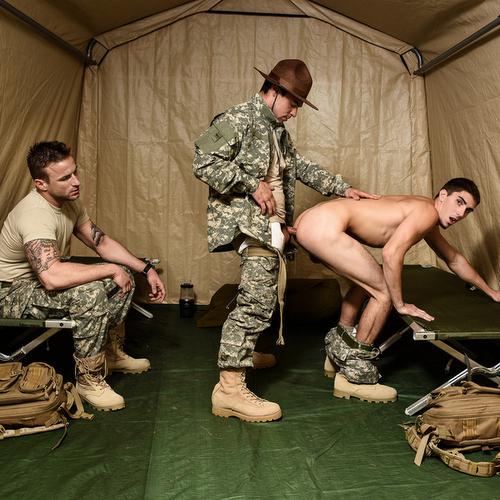 sergeant aspen drills two privates