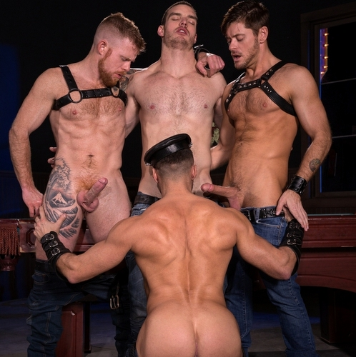 four gay men oral orgy