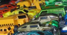 Autonom einparkende Autos liefern sich Duell um Parkplatz
