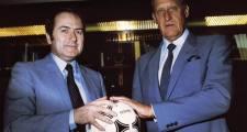 Blatter tauscht mit Niersbach – Niersbach tauscht mit Blatter