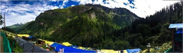 Hike to Hot Water Spring Kheerganga, Himachal Pradesh