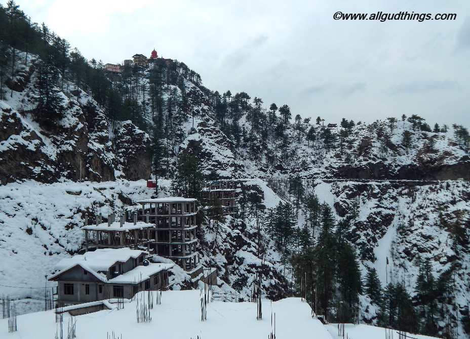 Scenic view on the way to kufri - Beautiful Shimla after Snowfall