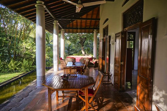 Verandha at Apa-Villa-Illuketia; where breakfast and dinner is served