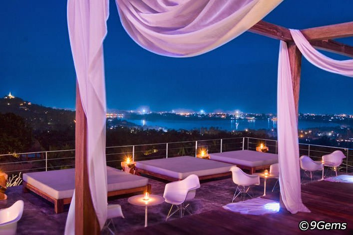9Gems Lounge Restaurant: Koh Samui City Guide