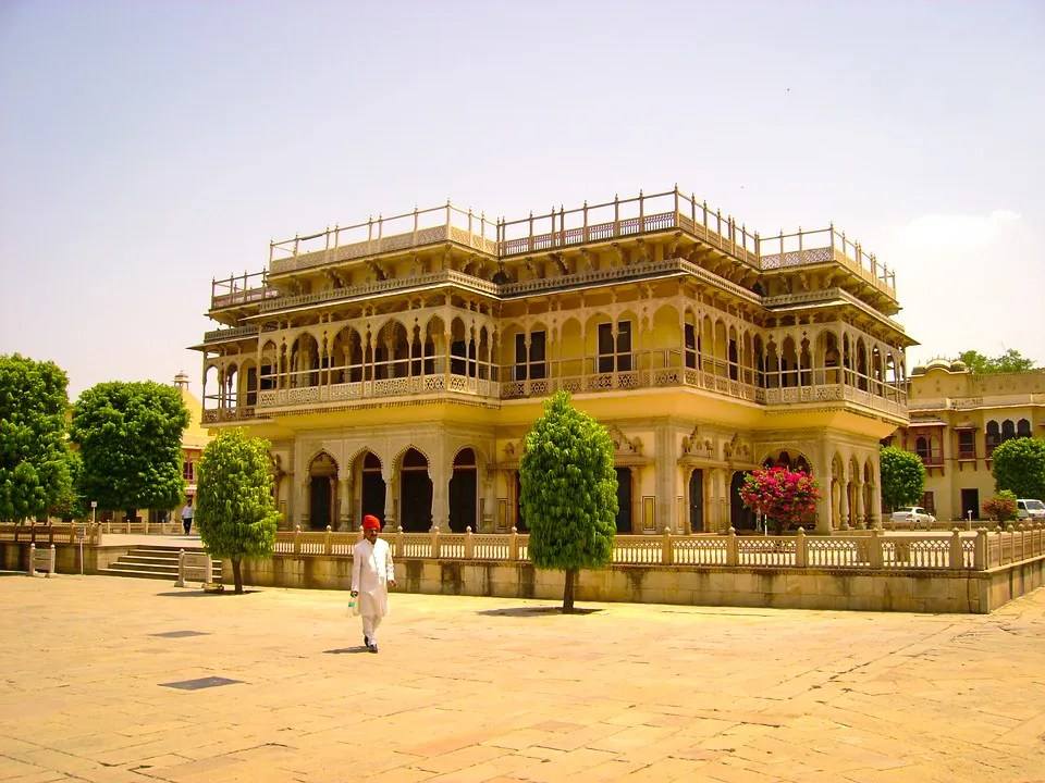 Jaipur - Travel Guide to Pink City