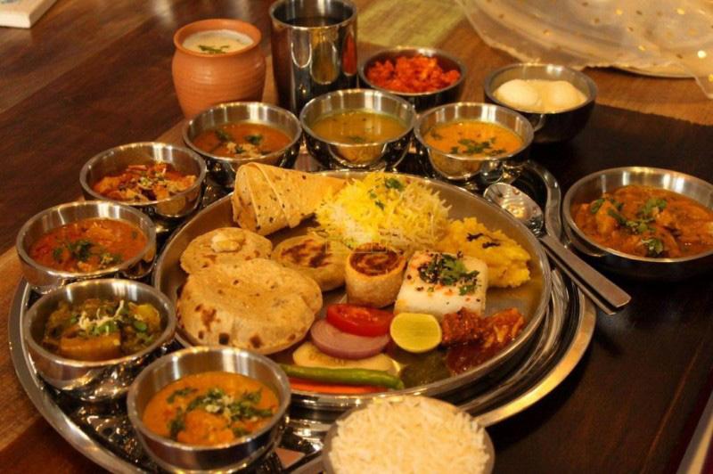 Rajasthani Savors- Travel Guide to Jaipur