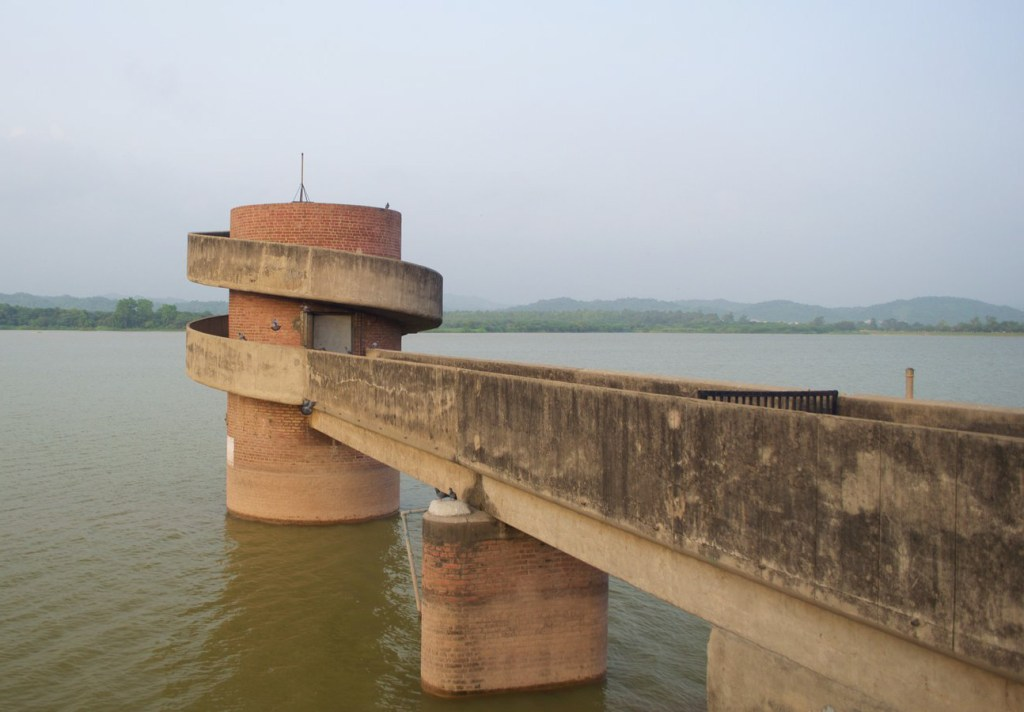 Sukhna Lake Suicide Point in Chandigarh